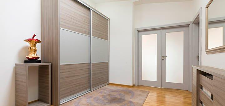 elimina desorden visual paredes blancas